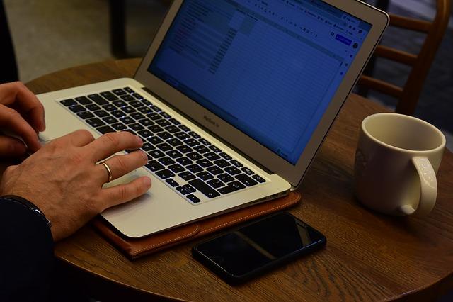 Počítač, práce, psaní