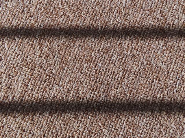 béžový koberec, detail